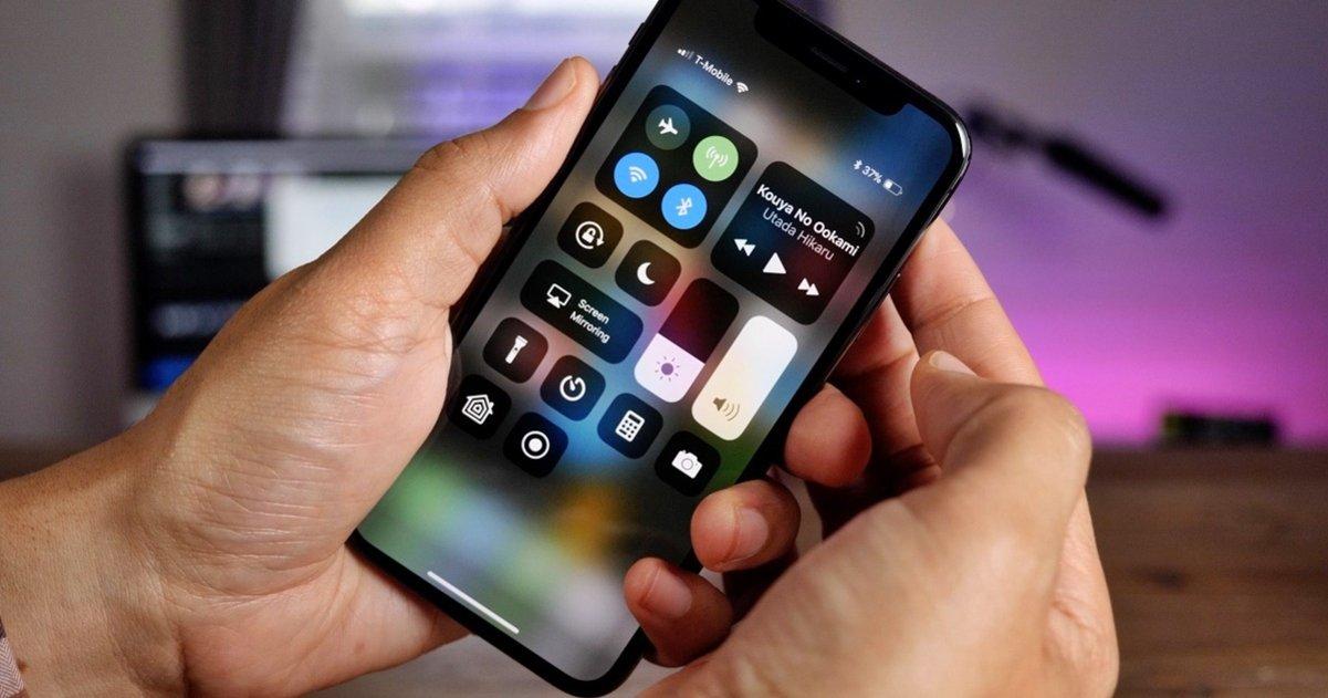 iPhone X centro control