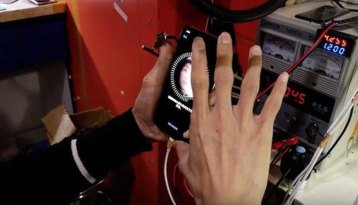 Crean un iPhone X con piezas sueltas compradas en China