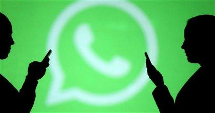 El modo oscuro de WhatsApp podría activarse automáticamente cuando tengas poca batería