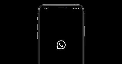 La última beta de WhatsApp ajusta el modo oscuro a iOS 13