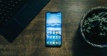 """Tim Cook espera que el iPhone SE atraiga a los de la competencia: """"es más potente que los smartphone Android"""""""