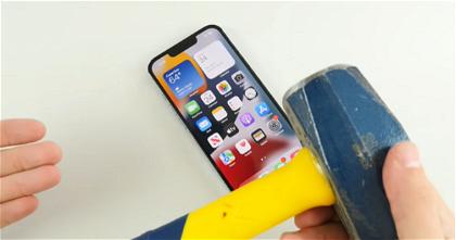 iPhone 13 Pro contra un martillo: el test de resistencia más bestia