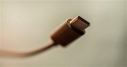 Este es el primer iPhone con USB-C de la historia, y no lo ha fabricado Apple